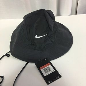 Men's Nike Bucket Hat New with Tags